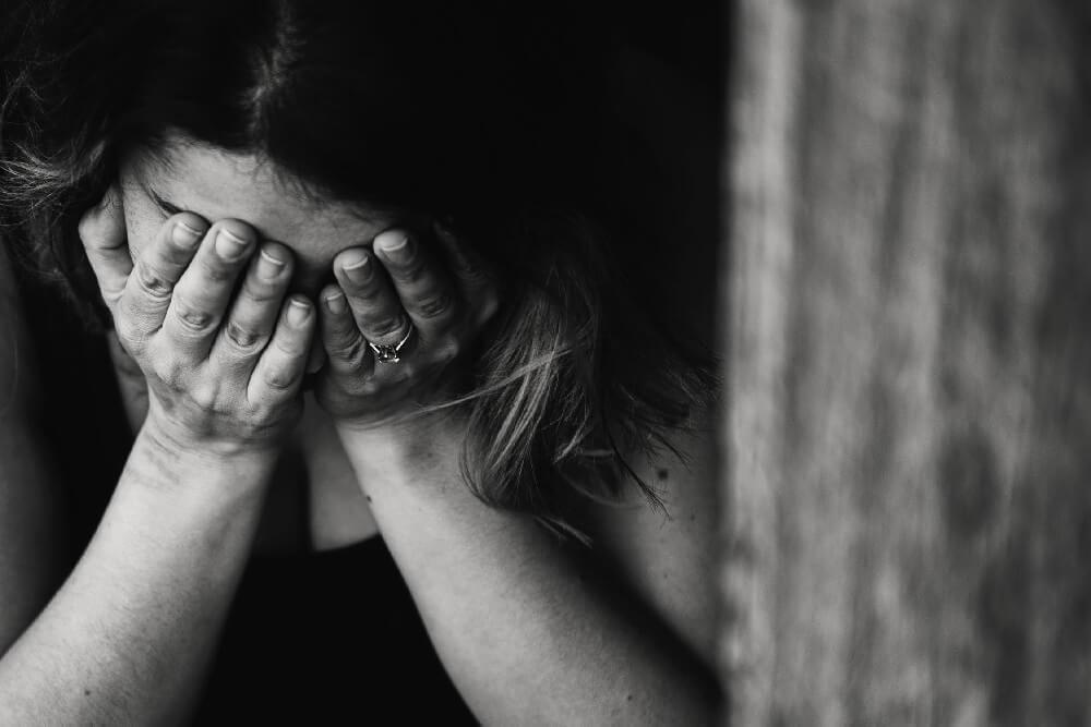 Żałoba – jak przeżywamy stratę bliskiej osoby
