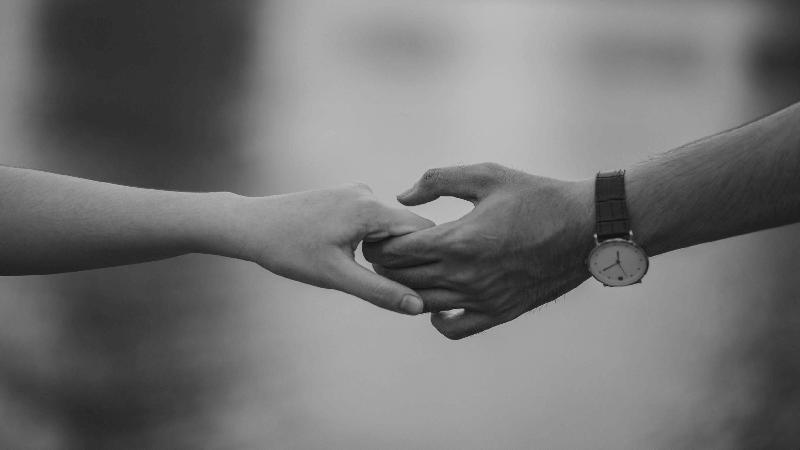 Zdrada emocjonalna – Czym jest i jak ją rozpoznać?